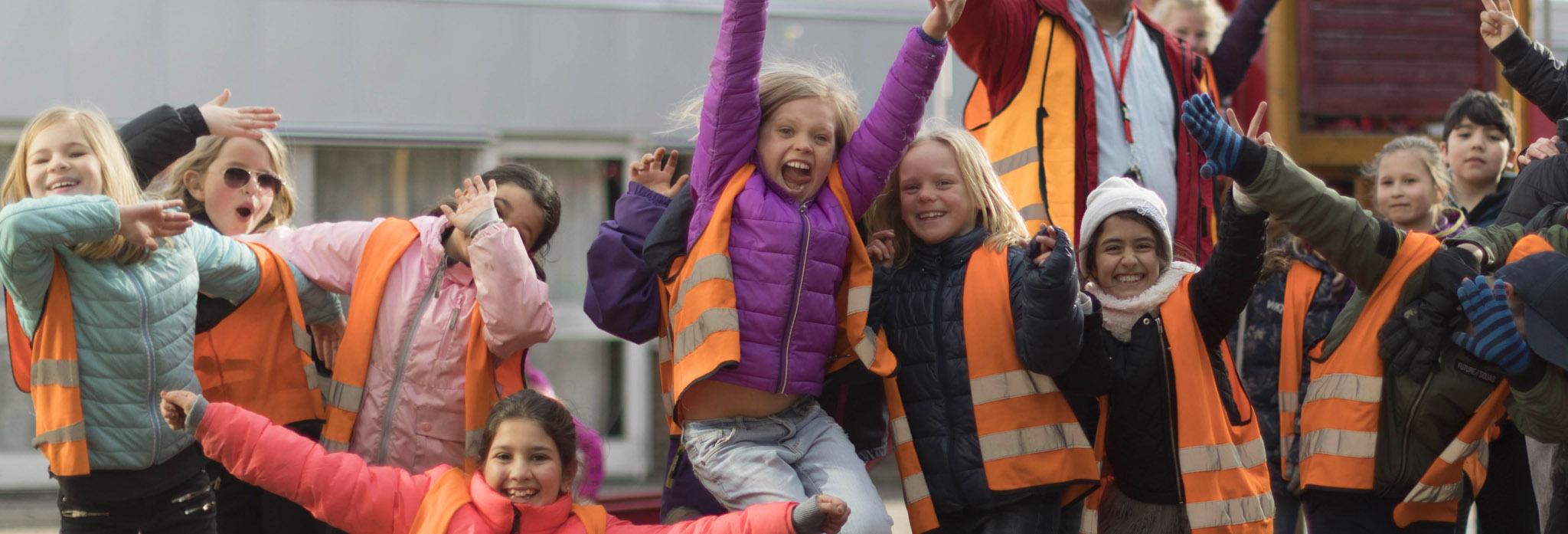 Barn på British Junior Primary i Eskilstuna